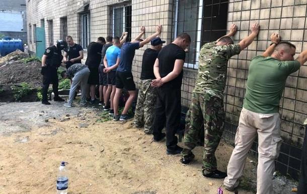В Одесі зі зброєю намагалися захопити підприємство