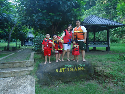 Daftar Harga Paket Body Rafting Di Citumang ( green valley ) Discount 5 %.