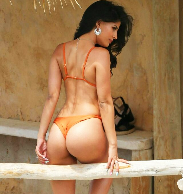 Jasmin Walia Hot Bikini Photoshoot Hd Photos