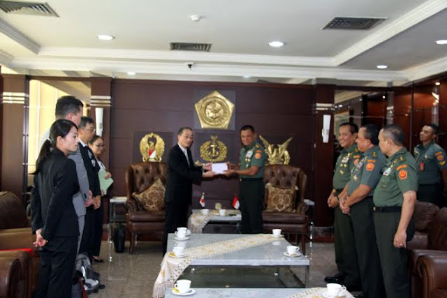 Wamenhan Jepang Kunjungi Mabes TNI