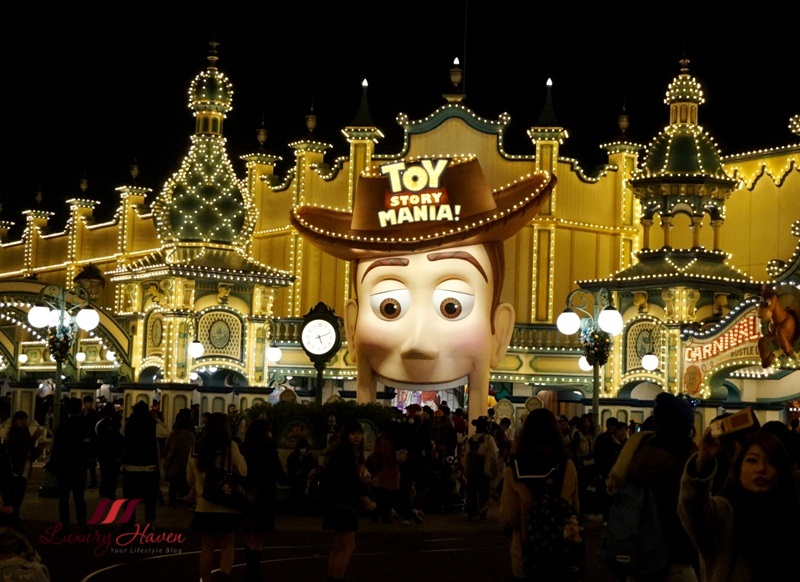 tokyo disneysea american waterfront toy story mania show