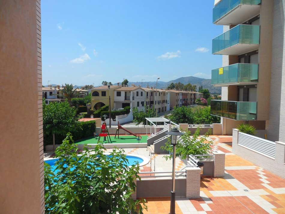 apartamento en venta calle apostol santiago benicasim piscina