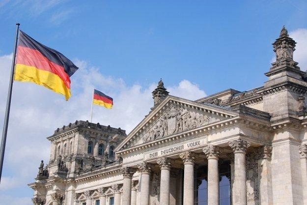 ΝΖΖ: Πρέπει να εστιάσει η Ελλάδα στο κατοχικό δάνειο;