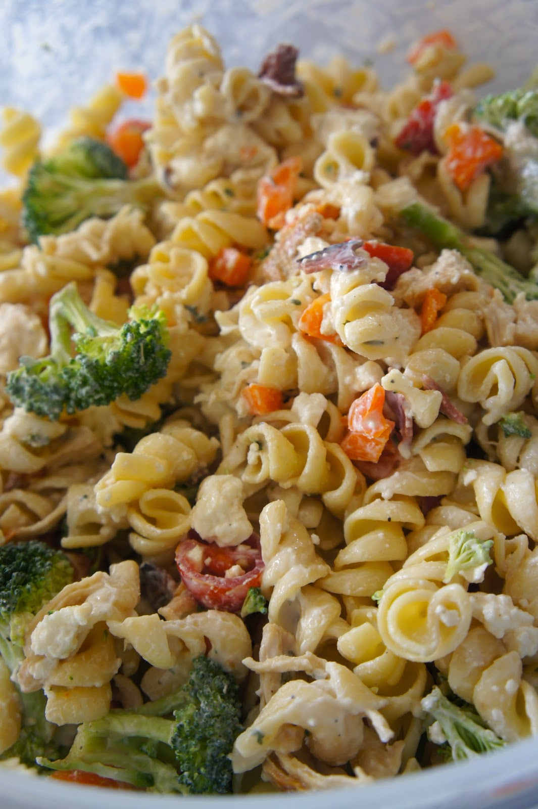 Creamy Chicken Pasta Salad: Savory Sweet and Satisfying