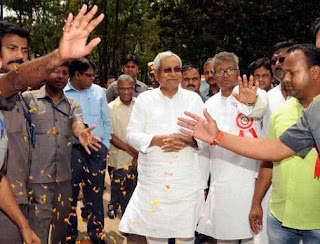 if-non-tribal-chief-minister-then-why-jharkhand-was-formed-says-nitish