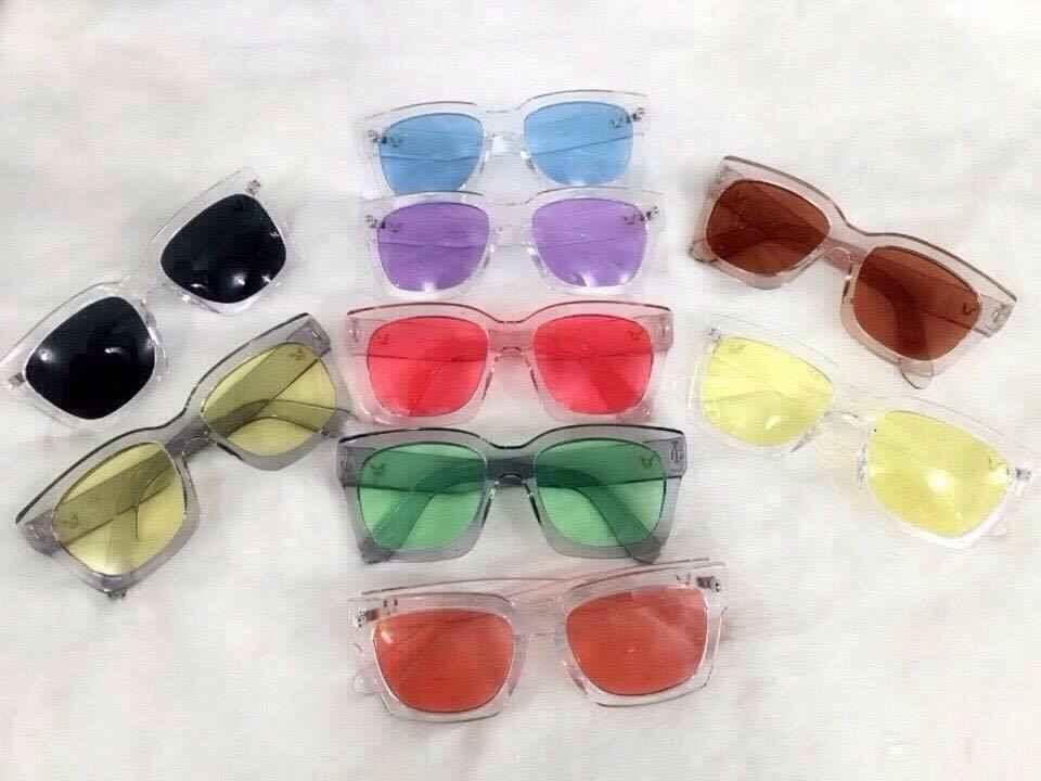 17k - Măt kính logo chữ V gọng trong nhiều màu giá sỉ và lẻ rẻ nhất