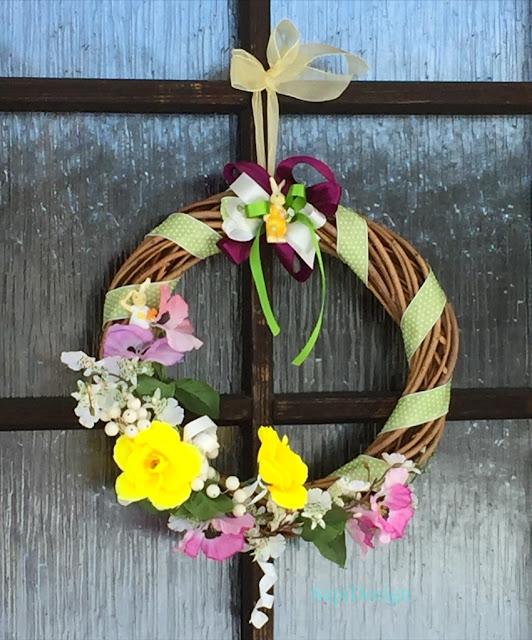 pääsiäinen kevät ovikranssi värikäs runsaus rikkaus rakkaus SapiDesign