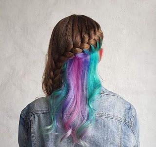 Peinado multicolor