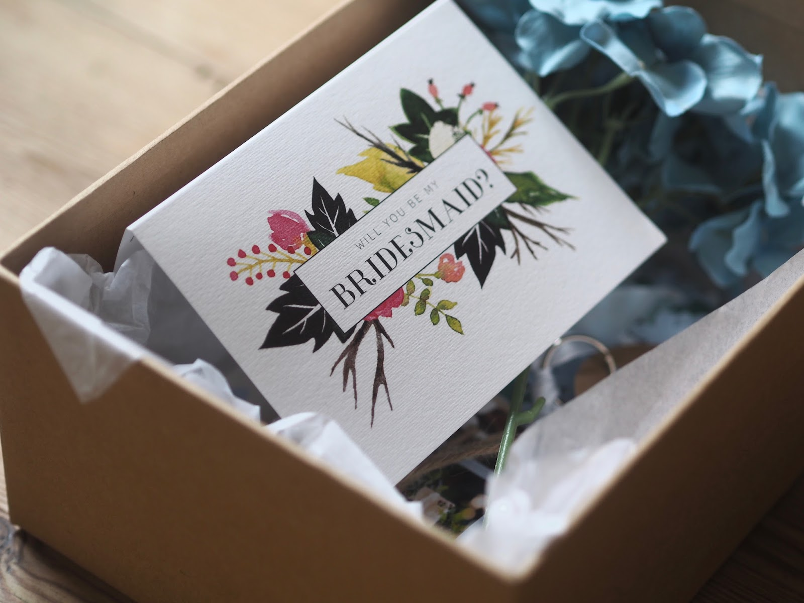 DIY bridesmaid boxes, DIY bridesmaid gifts