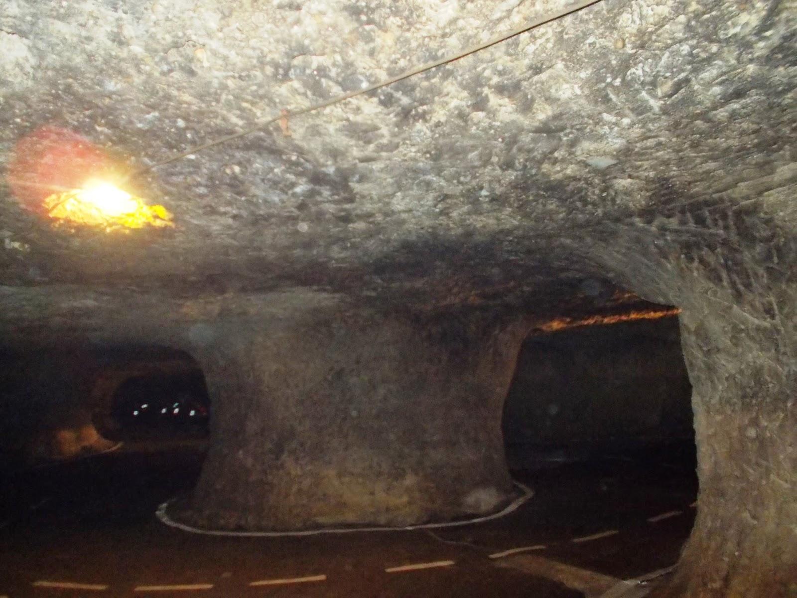 pekelný důl
