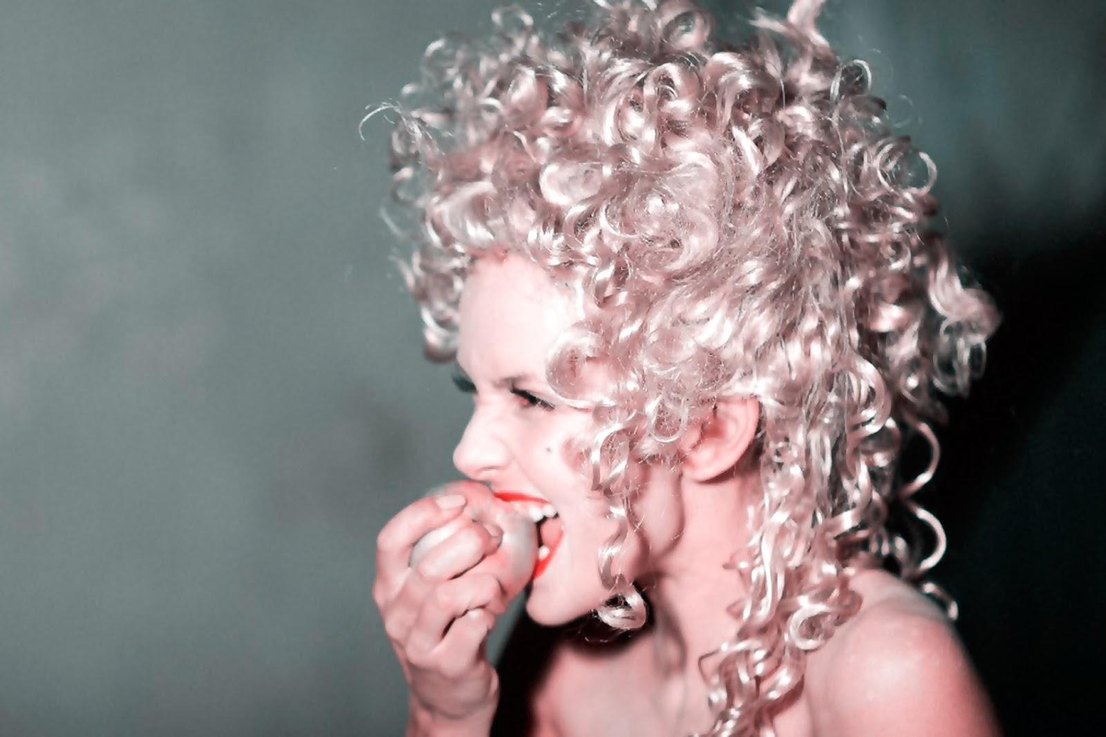 Красота или естественность? Красота - не значит дорого. Автор actress Nataly Tsvetkova, writer. Со-автор Producer Niclav S., Doctor of Sc.