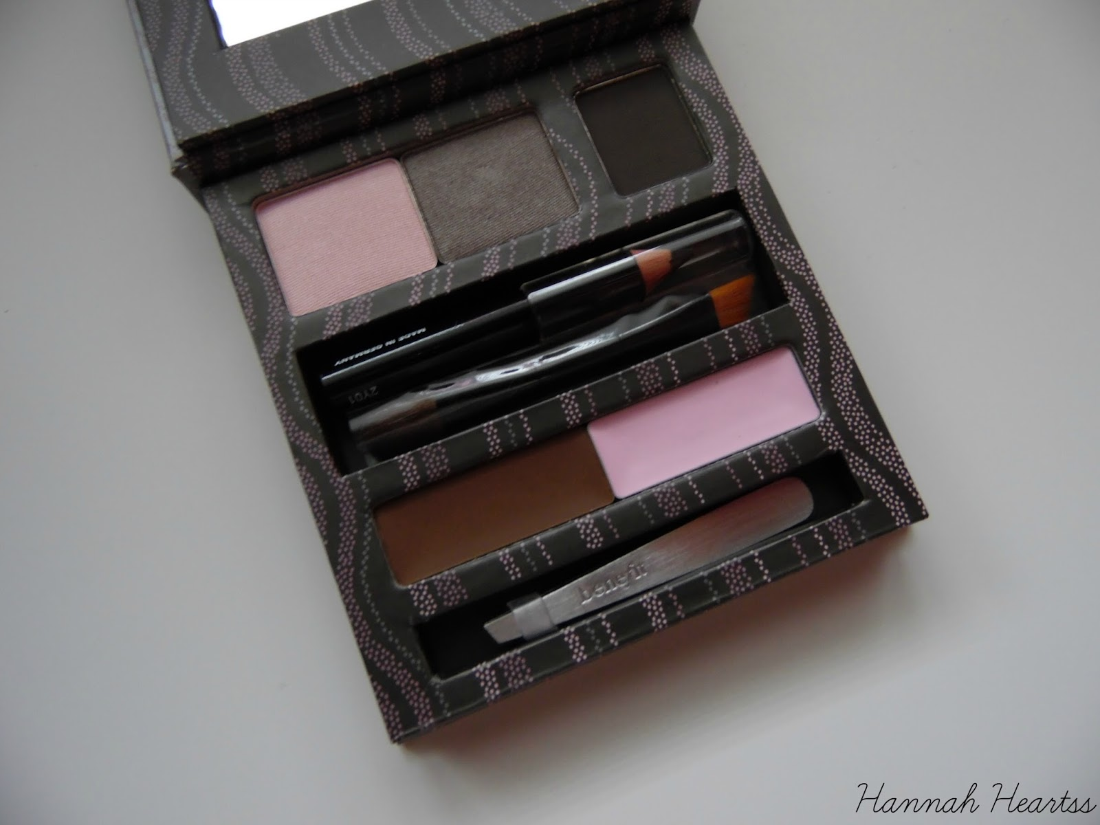 Benefit Smoking Eyes Palette