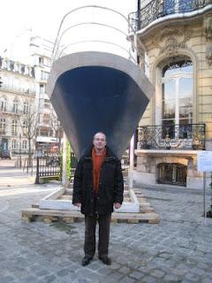 La pointe de l'étrave du paquebot France sera placée Môle de la Manche, face au siège du Grand Port