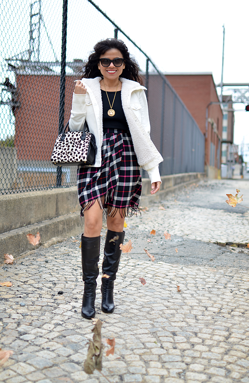 Leopard with plaid street style
