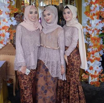 gamis batik kombinasi brokat untuk remaja
