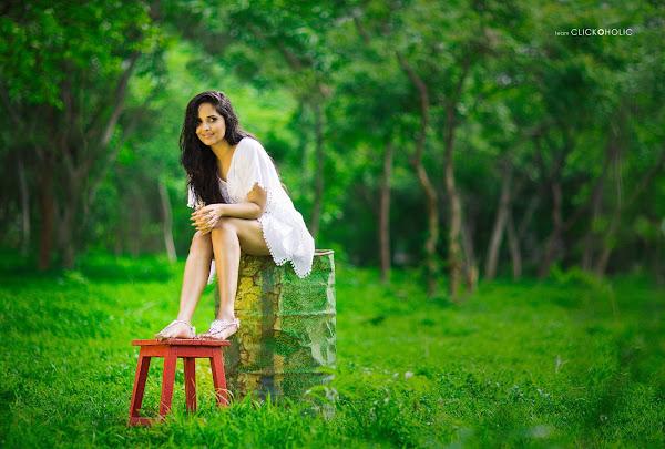 anasuya sizzling pics