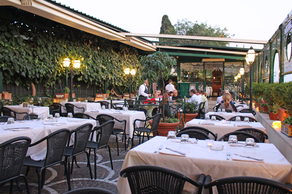 Aperitif at Caffe Ciampini, Rome - style & travel blog