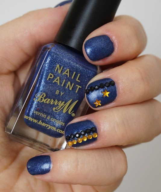 Barry M - Denim (325) Nail-Art im Jeans-Look