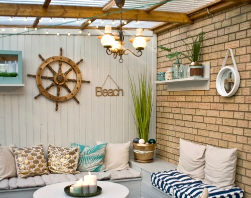 Nautical beach patio makeover before and after pictures for Beach porch ideas