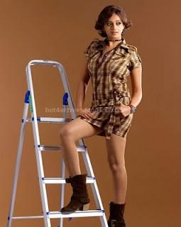 Bhavana hot thigh show new photos stills