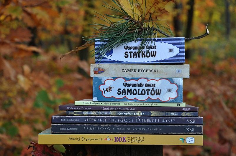 MAŁE RADOŚCI – spontaniczne czytanie na świeżym powietrzu