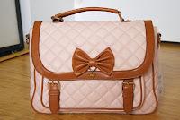 http://emiiichan.blogspot.com/2014/06/tokyo-kawaii-life-orders-3-4-lace.html#BAG