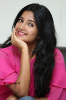 Telugu Actress Deepthi Shetty Stills in Tight Jeans at Sriramudinta Srikrishnudanta Interview .COM 0095.JPG