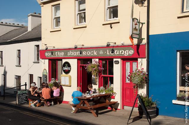 Roundstone pueblo condado Galway Irlanda