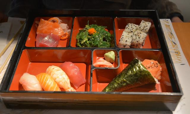 Restaurant Watatsumi Barcelona bento box