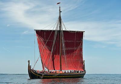 Viking%2Bship.jpg