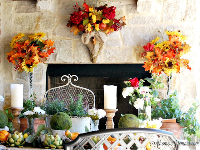 Thanksgiving-table-outdoor-topiaries-moss-balls-Jemma