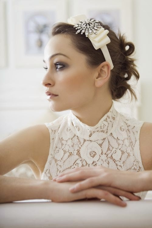 bridal headband with brooch