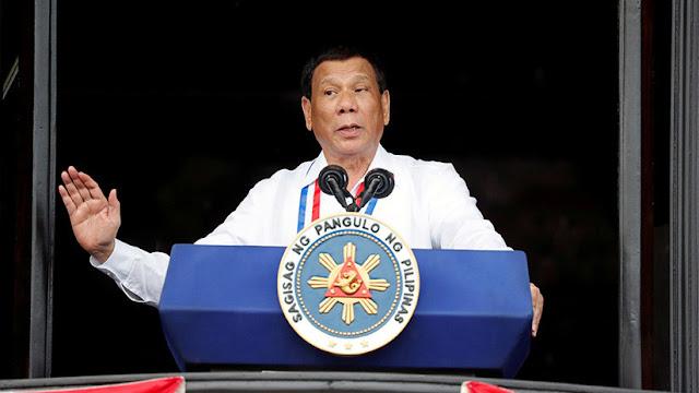 """Duterte: """"Enséñenme una selfi con Dios y renuncio hoy mismo"""""""