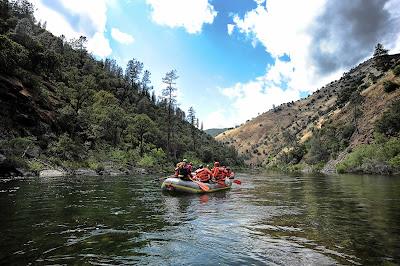 Tujuh Tips Rafting Untuk Pemula Dalam Wisata Arung Jeram