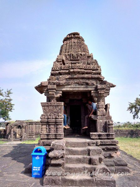 One of the Shaiva Panchayatan Temples at Gondeshwar Temple in Sinnar near Nashik, Maharashtra