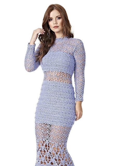 Vestido longo de crochê vazado com gráfico