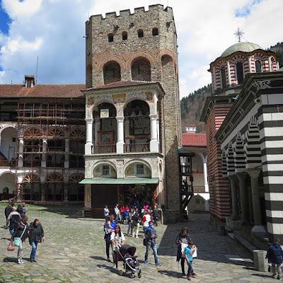 Torre Hrelja en el monasterio de Rila