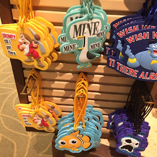 finding nemo luggage tags