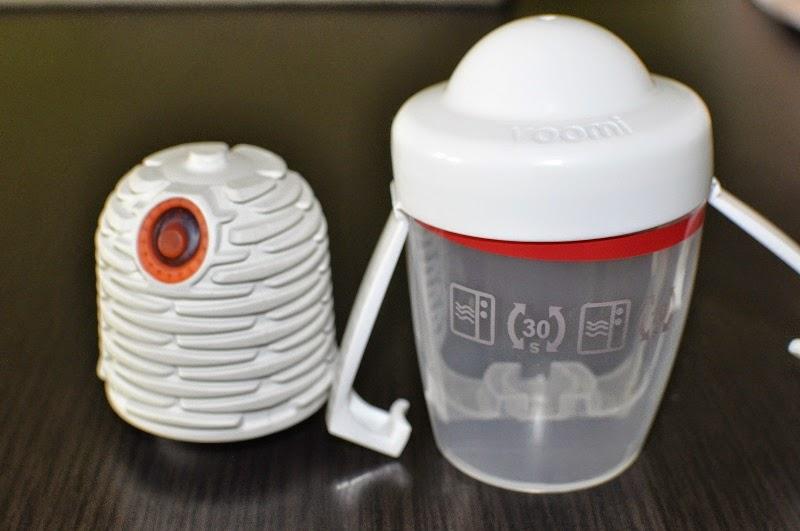 akcesoria dziecięce, butelka Yoomi, butelka z podgrzewaczem, design dla dzieci, dziecko w podróży, mamy gadżety, gadżety