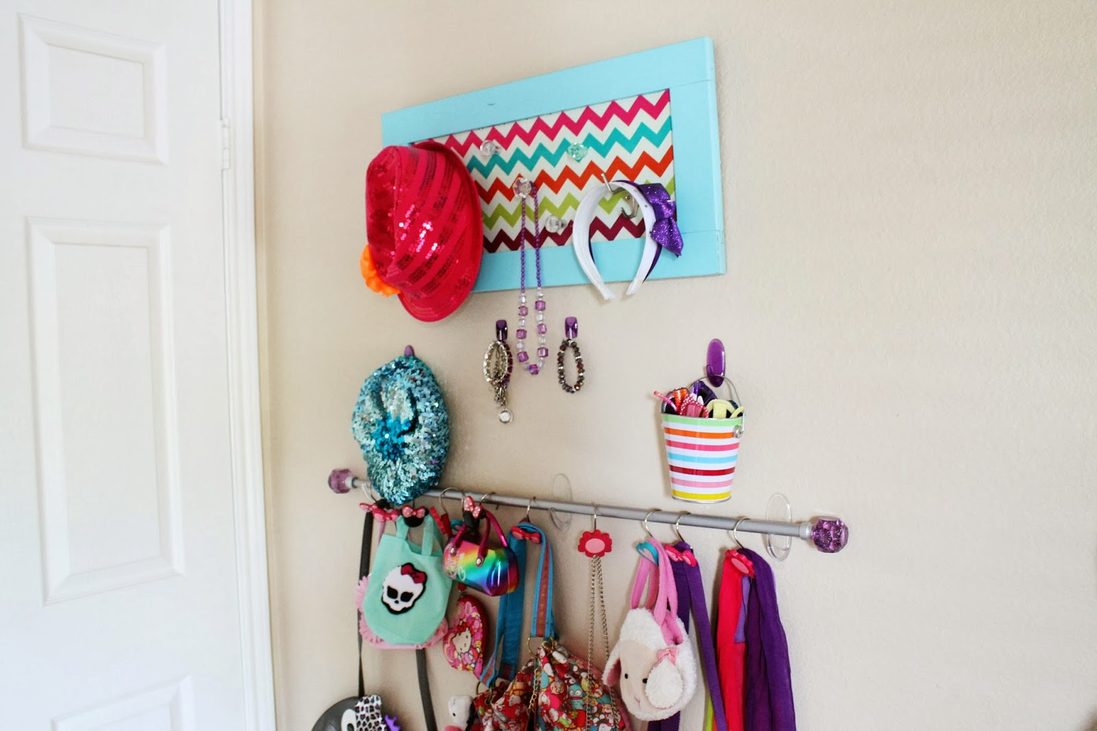 Hot Mama In The City Diy Organization With Command