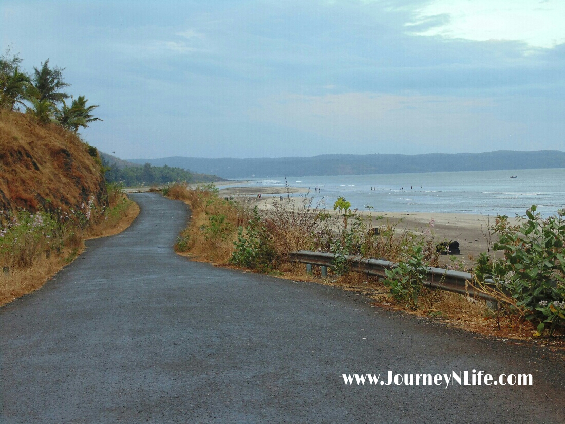 Bike trip to Karde Beach near Dapoli on the Konkan coast