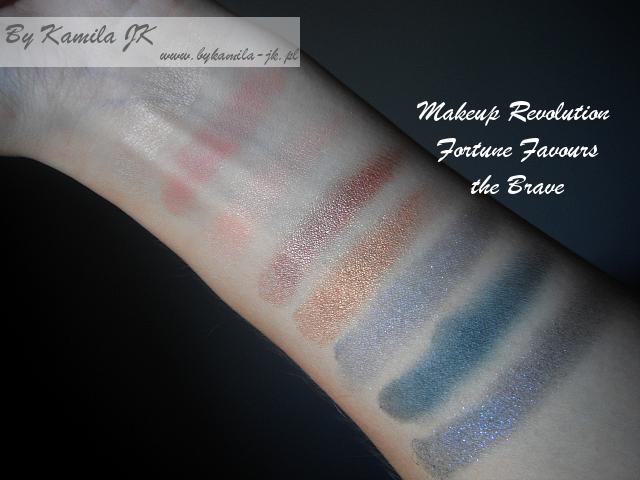 Makeup Revolution paleta cieni Fortune Favours the Brave swatche
