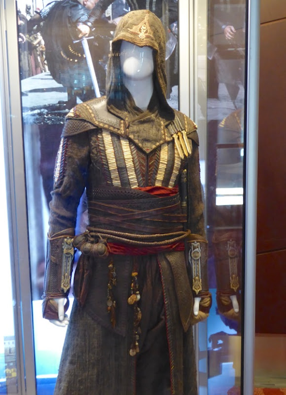 Assassins Creed Aguilar movie costume