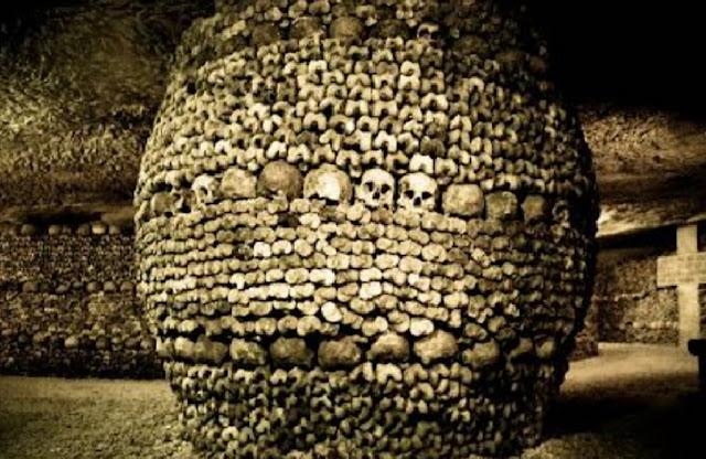 http://www.katasaya.net/2016/07/kuburan-paling-angker-di-dunia.html
