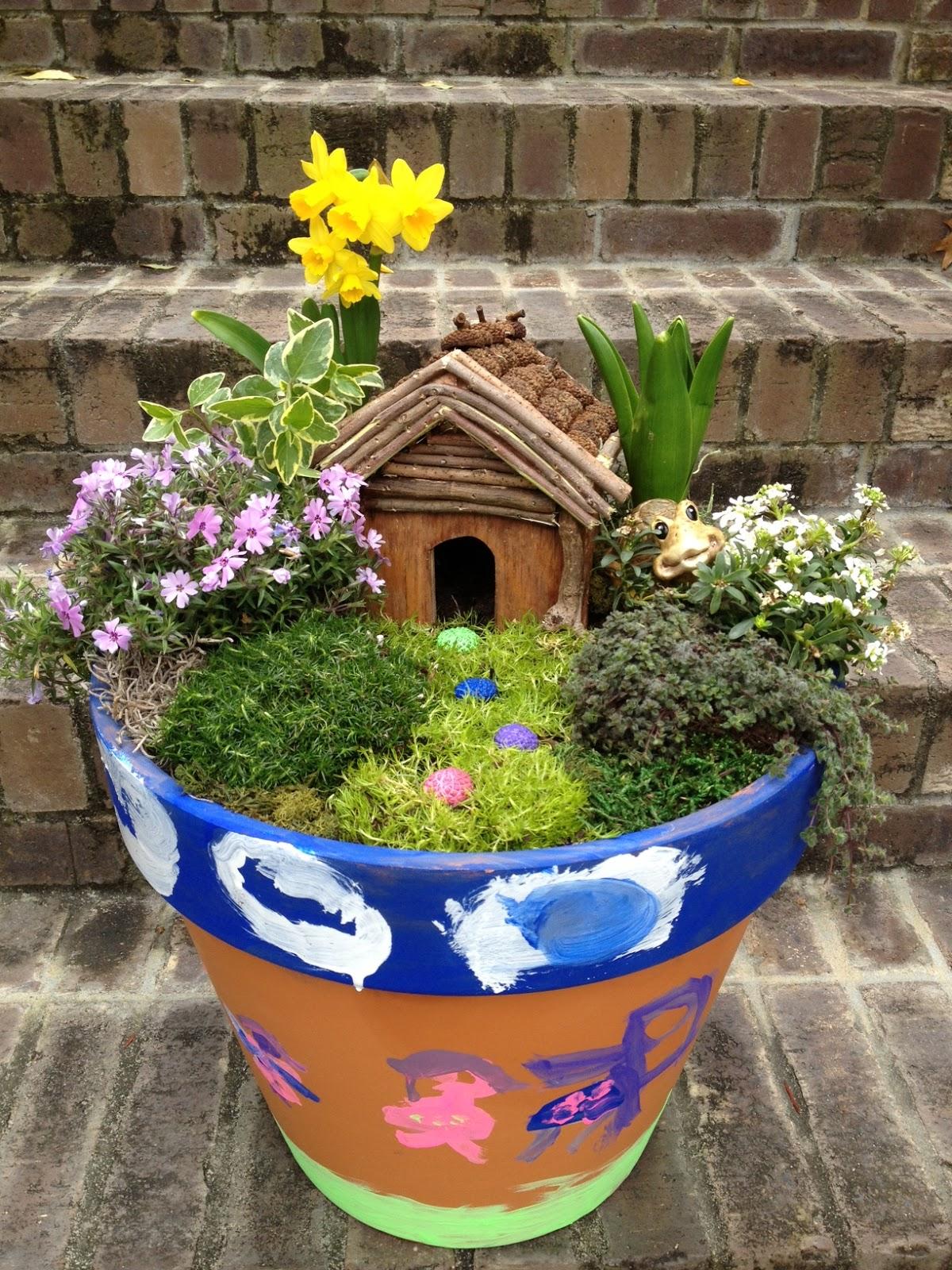 Gnome Garden: Practips: DIY: Container Fairy Garden