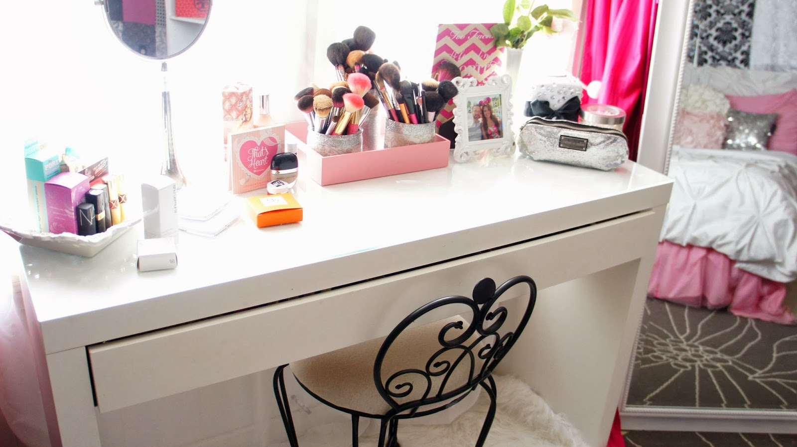 Design Ideas For A Small Bathroom Belindaselene Glam Vanity And Makeup Collection