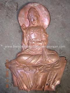 Relief Hindu Budha dari Kerajinan Tembaga