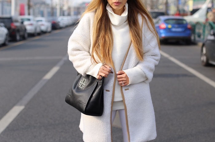 Catfootwear Cheyenne booties, caterpillar casual cheyenne booties, shein sweater, she in coat, white coat, hat attack hat, asos jeans, as seen on me, fashion blog, shanghai street style, nyc blogger, quay marble frame sunglasses, tory burch shoulder bag