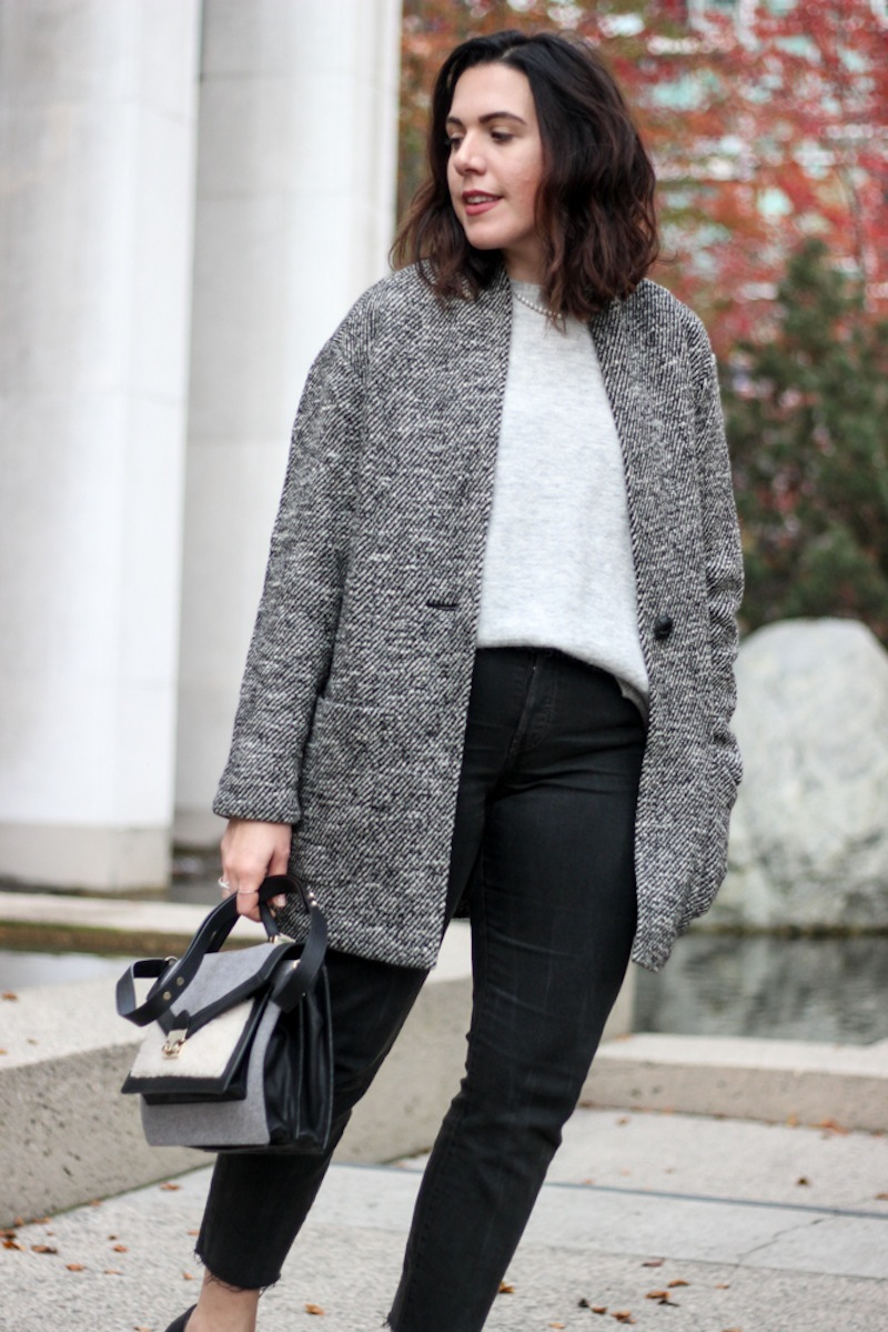 Aleesha Harris Robson Street Vancouver fashion blogger Aritzia Wilfred Free Coat Levi's Wedgie Jeans cute winter outfit