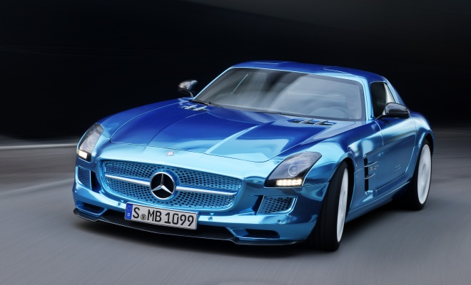 Mercedes AMG SLS Electric Drive from the front, driving